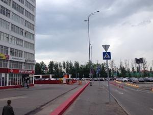 Вход со стороны Киевского шоссе
